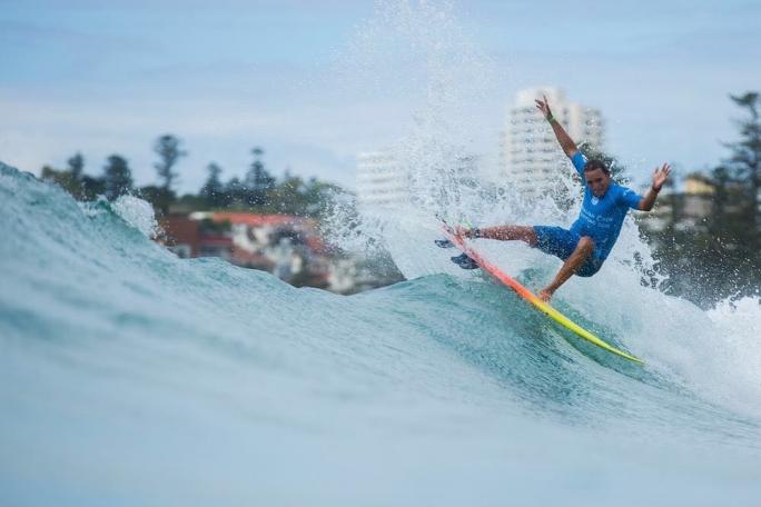 Luel Felipe avança para o round 3 no Australian Open Of Surfing