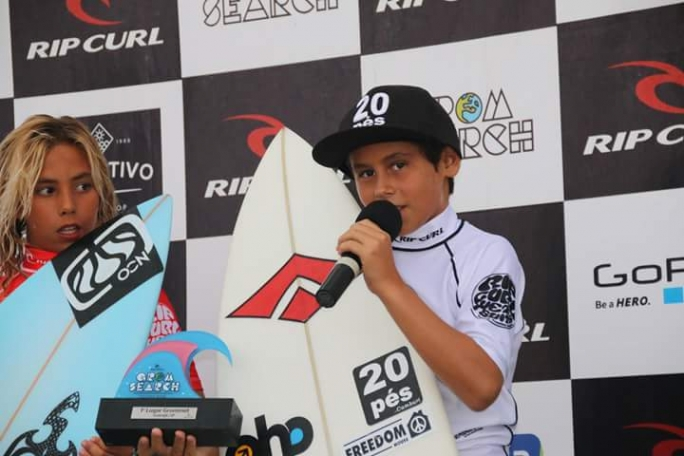 Diego Aguiar é campeão grommets do circuito Rip Curl Grom Search 2015
