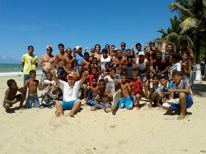 Surf Treino agitou Maracaípe