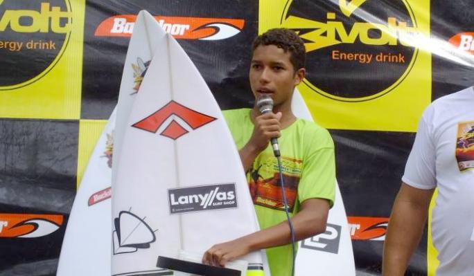 Wallace Junior é campeão do circuito baiano amador na sub 16 e sub 18