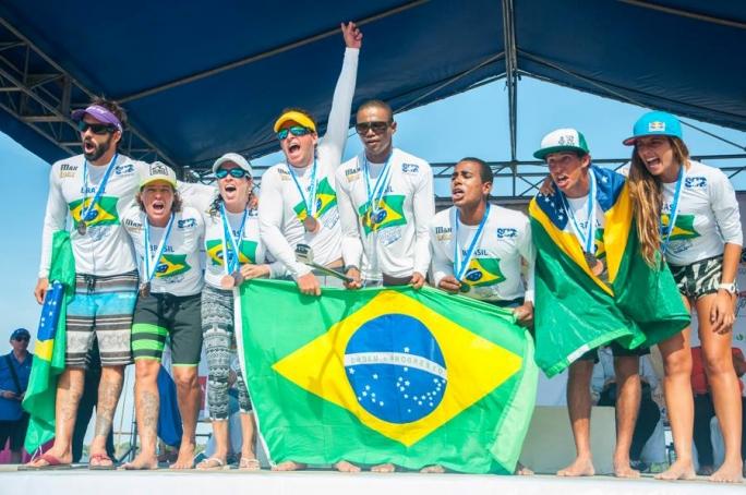 Seleção brasileira de stand up paddle e paddleboard faz história!
