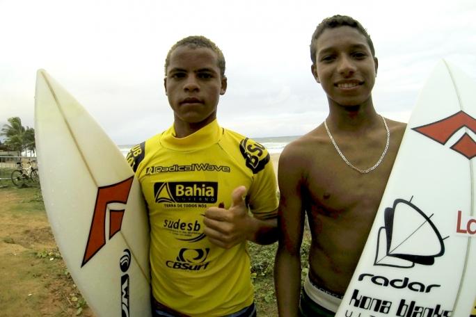 Douglas Silva e Wallace Junior estão nas semis das categorias Mirim e Junior do Brasileiro Amador em Stella Maris/BA