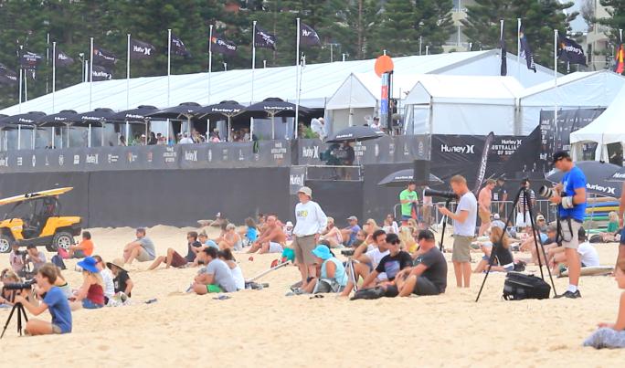 Luel e Alan estreiam hoje no Australian Open of Surfing