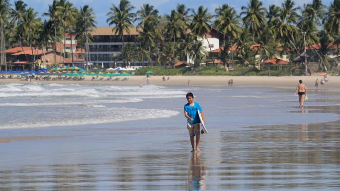 Diego Aguiar vence  a sub 12 e é vice na sub 14 no Ubatuba Pro Surf