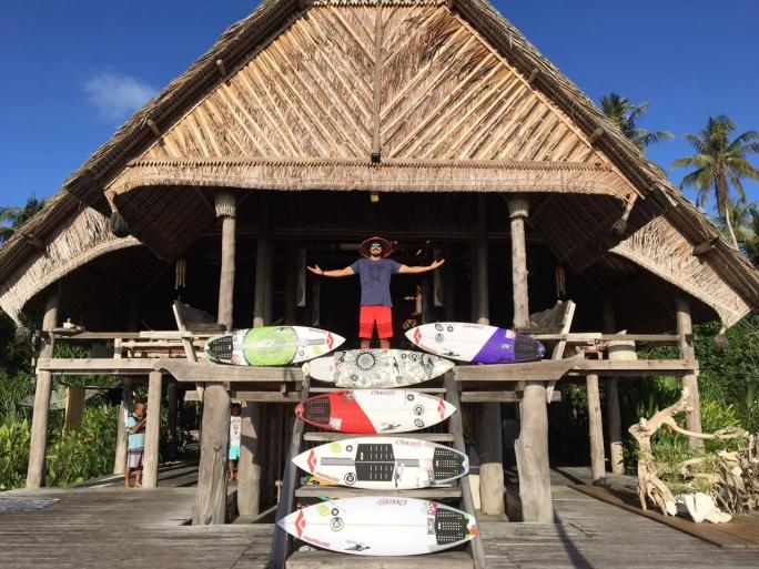 Gabriel Pastori desembarca nas ilhas Mentawai