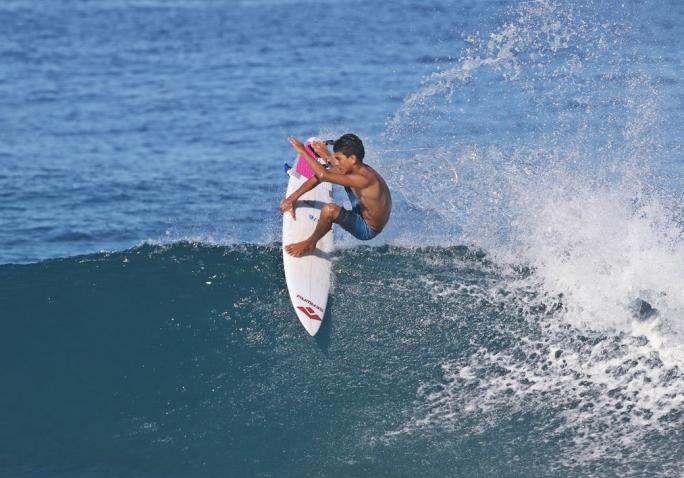 Valentin Neves escalado na 1ª fase do Rio Surf Pro Brasil